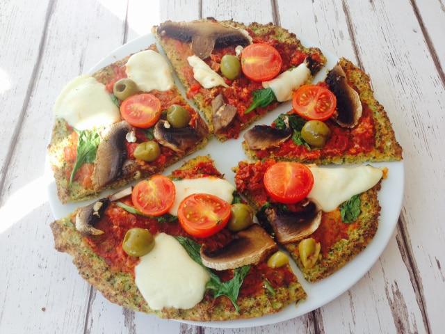 dietní-pizza-z-brokolice