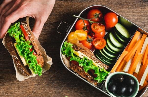 Výběr zdravých potravin pro snadnější hubnutí