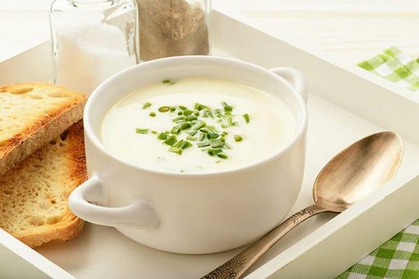 Polévky Ketomix jsou velice chutné. Máme pro vás i TIP navíc: přidejte do polévky čerstvé bylinky nebo koření dle chuti.