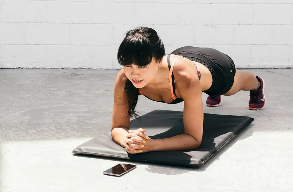 Tabata cvičení rychle a účinně spaluje přebytečné tuky