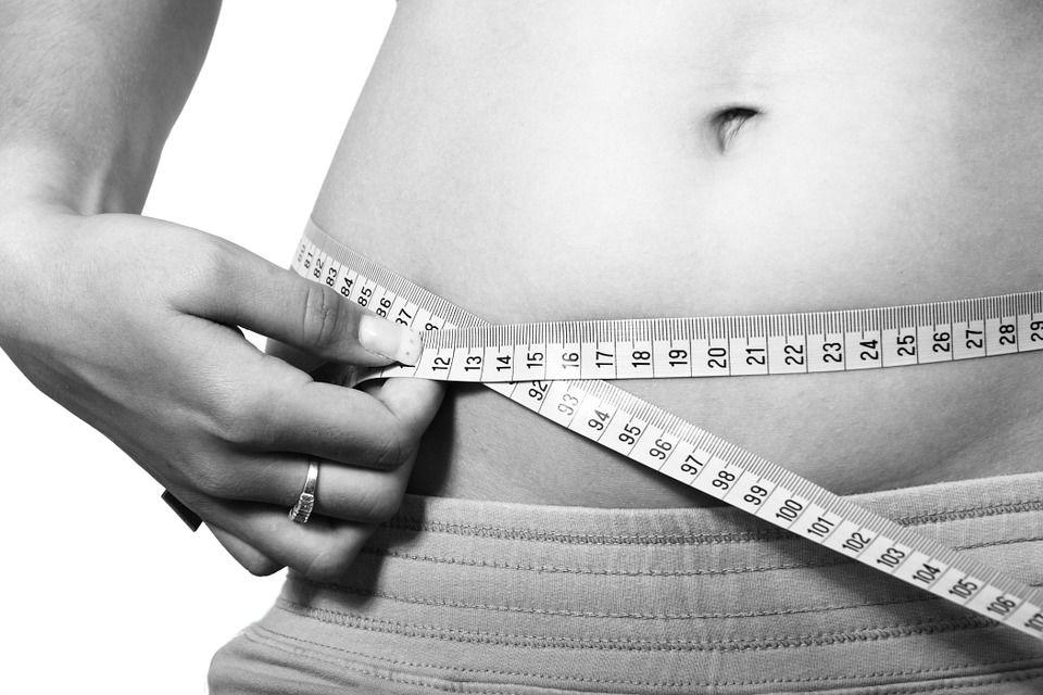 Způsoby, jak se zbavit podkožního tuku na břiše