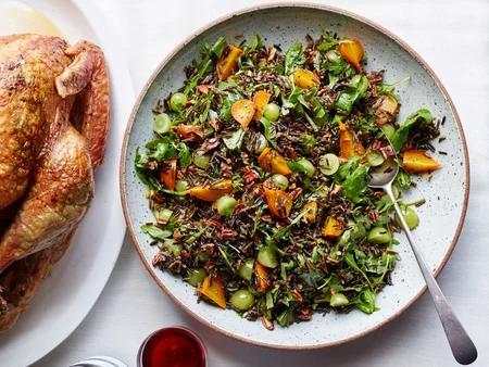 Skvělý recept na salát se zeleninou a divokou rýží