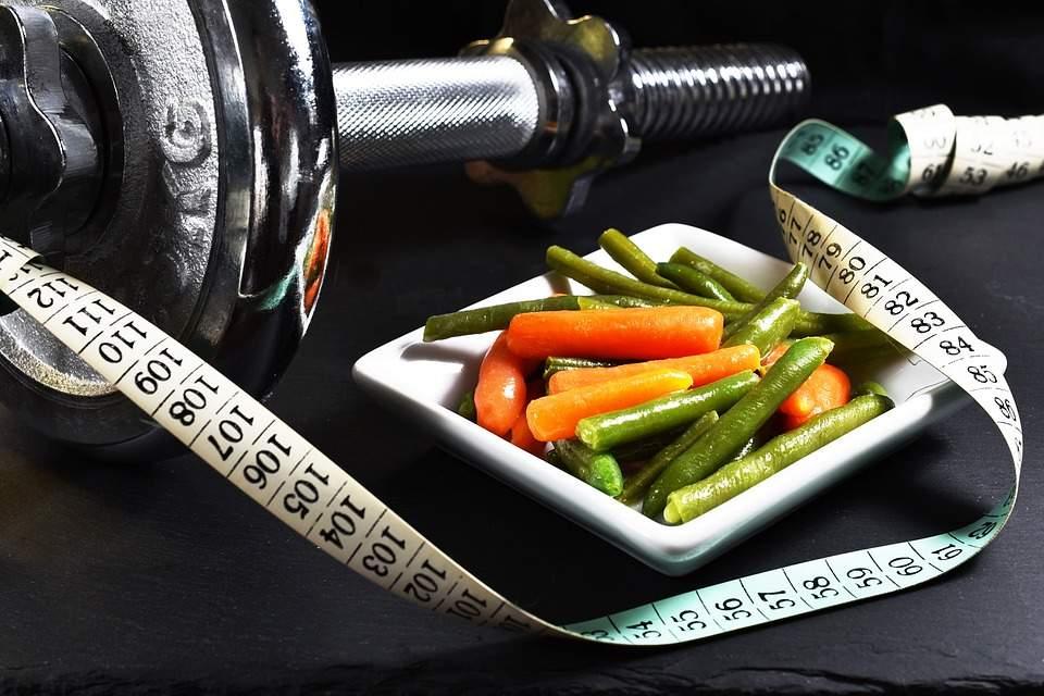 Zbavte se podkožního tuku stravou i cvičením