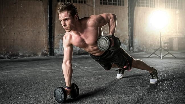 HIIT je účinné a efektivní cvičení na zadek