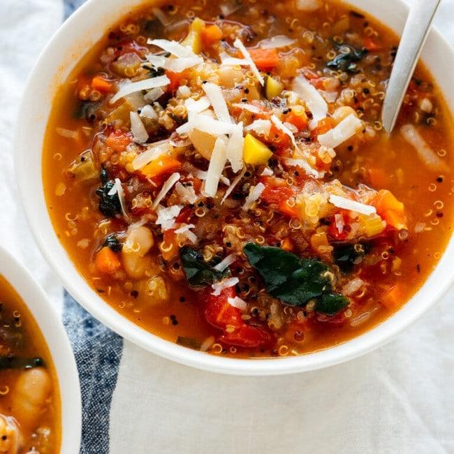 Vynikající polévka s quinoou