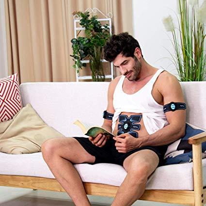 Domácí elektrošokové přístroje cvičí za vás, zatímco odpočíváte a vyjdou většinou levněji než elektrostimulační přístroj, který je používán trenéry ve fitness centrech.