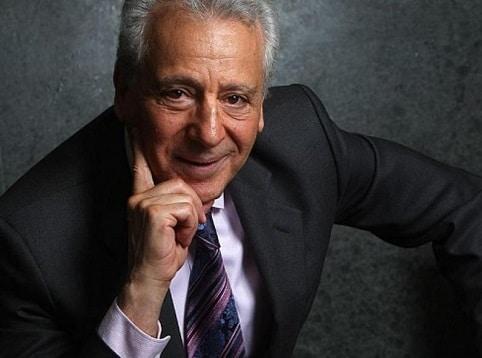 Dr. Pierre Dukan je zakladatelem Dukanovy diety, podle které je možné hubnout snadno a rychle.