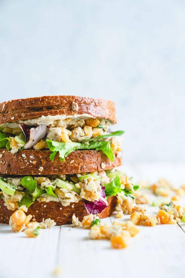 Výtečný recept na zdravý sendvič s cizrnou