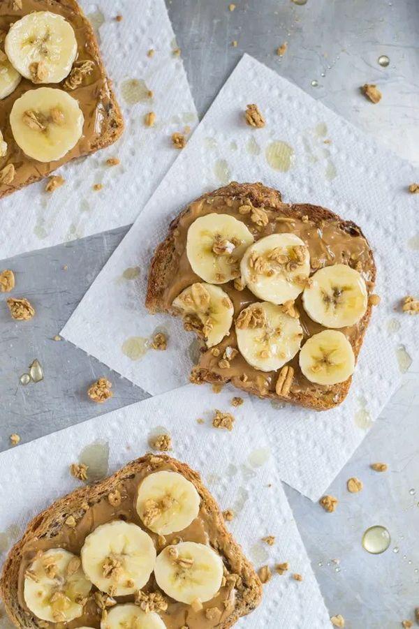 Návod, jak si udělat chleba s arašídovým máslem