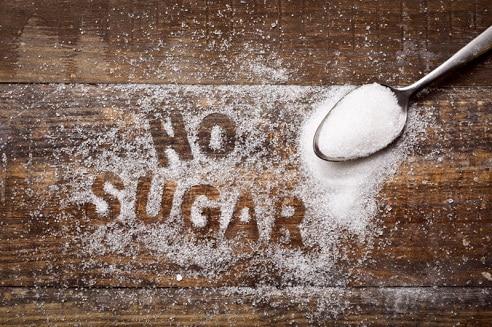 Základem každého hubnutí je odstranit cukr z dietního jídelníčku.