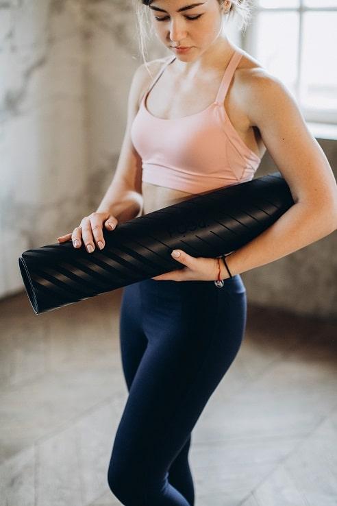 Co a kdy jíst při hubnutí souvisí také s cvičením, jehož výsledky jsou správně zvolenou stravou ovlivněny.