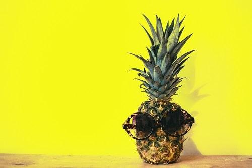 Ananas je osvěžujícím ovocem, které pomáhá při hubnutí.