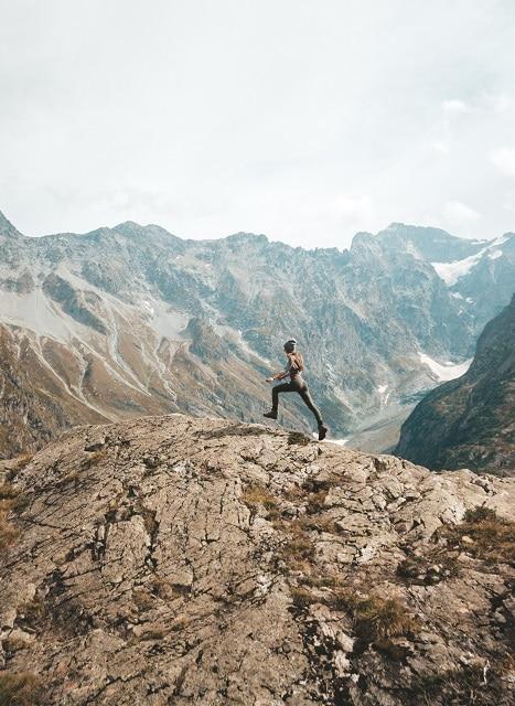 Díky vysoce intenzivnímu běhu spaluje tělo kalorie ještě několik po běhání.