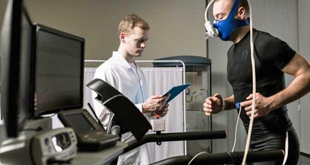 VO₂ max, tedy rychlost kyslíku, kterou tělo využívá během cvičení, je možné změřit za pomoci odborníků.