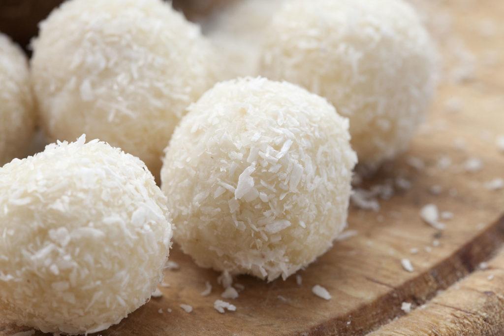 Recept na výborné raw kokosové kuličky bez cukru
