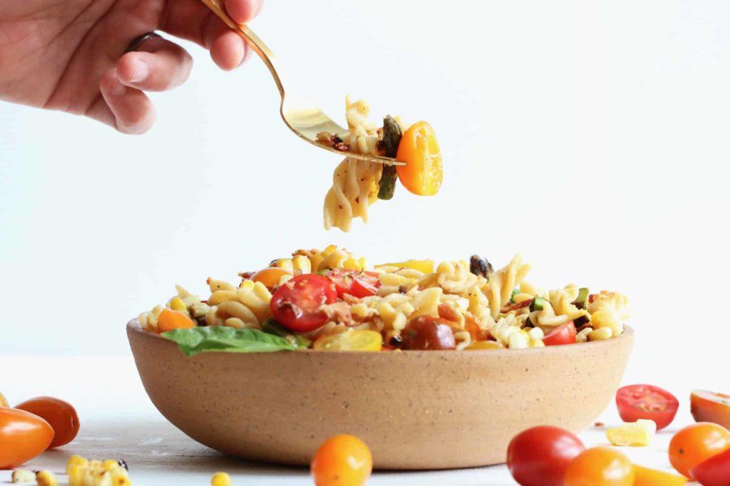 Skvělý recept na vegetariánský těstovinový salát
