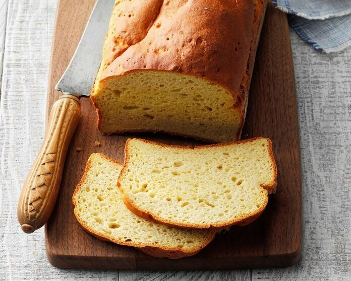 Jemný domácí chleba z bezlepkové mouky.
